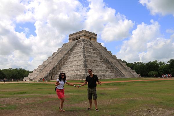 Templo Kukulcán Maravilla Del Mundo Moderno