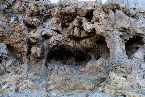 Cueva Mariquita Posa