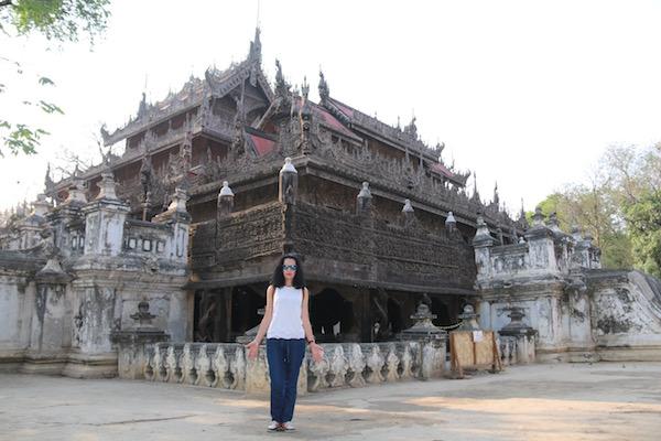 Monasterio Shwenandaw Kyaung-Andorreando por el Mundo
