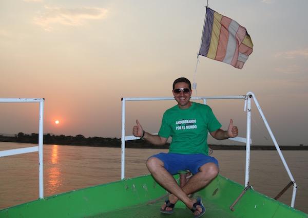 Paseo Barco Río Ayeyarwady-Andorreando por el Mundo