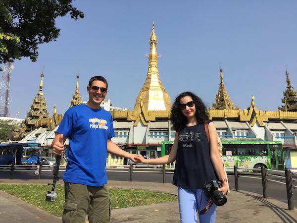 Sule Pagoda-Andorreando por el Mundo