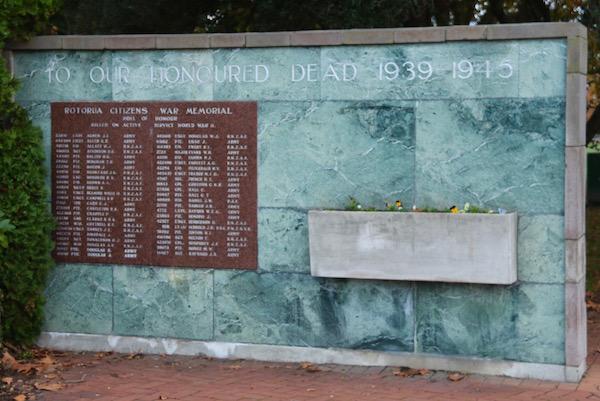 Caídos Segunda Guerra Mundial-Andorreando por el Mundo