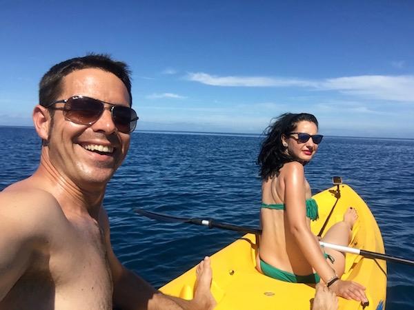 Kaya Isla Malolo-Andorreando por el Mundo