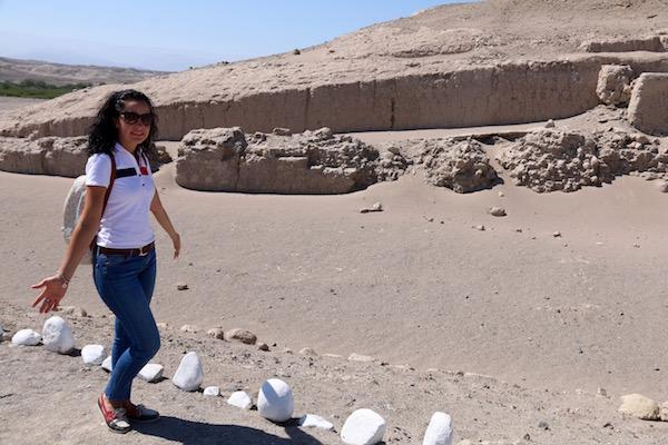 Zona Arqueologica Cahuachi-Andorreando por el Mundo.