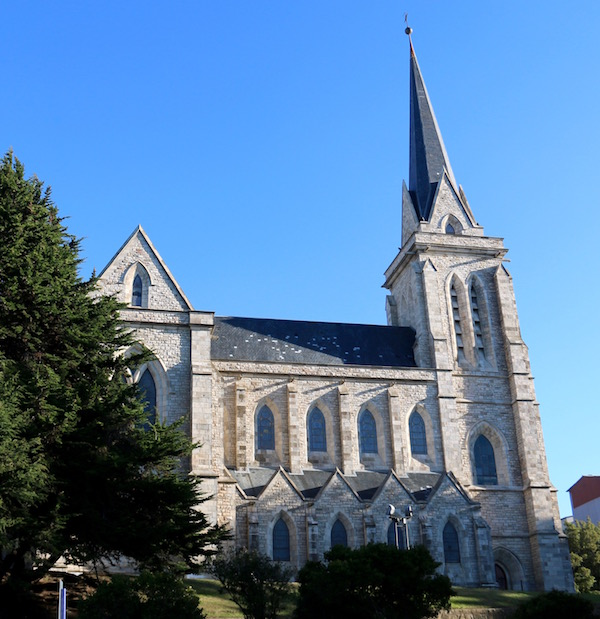 Fachada Catedral Nuestra Señora Nahuel Huapi