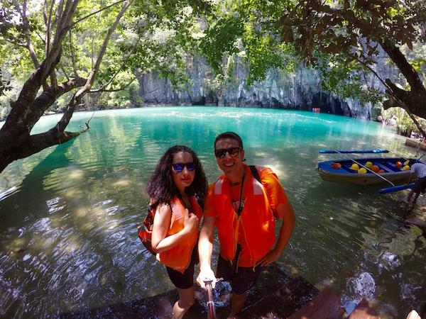 Entrada Cueva Río Subterráneo Puerto Princesa
