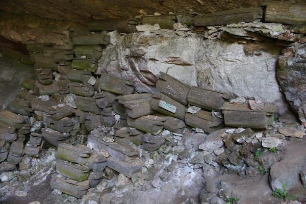 Ataúdes Cueva