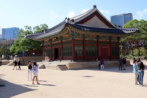 Deokhongjeon