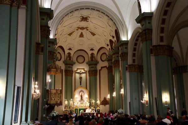 Altar iglesia de Santa María de Gracia