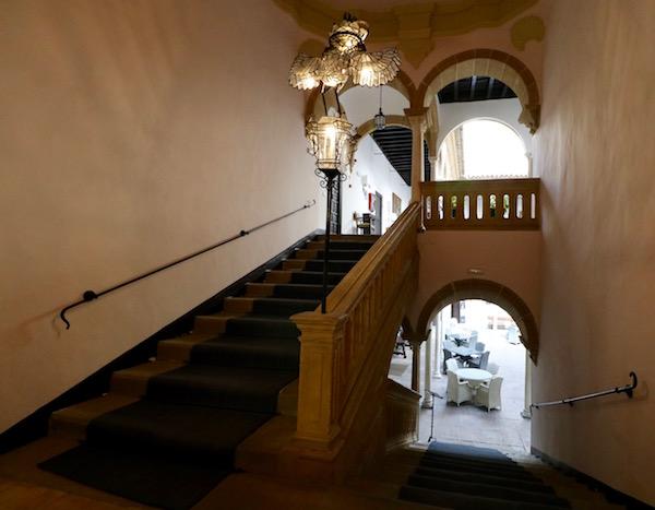 Escaleras Palacio Dean Ortega