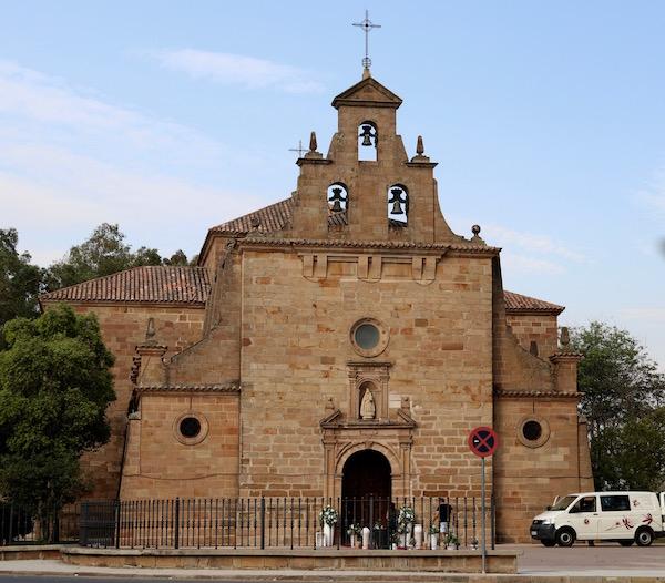 Templo Virgen Linarejos