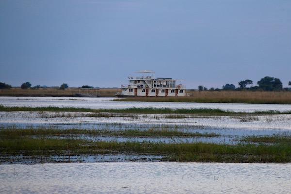 Embarcaciones Río Chobe.