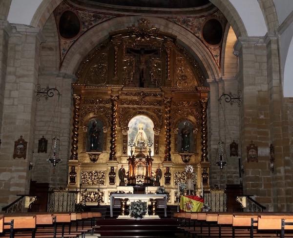 Interior Iglesia San Pedro y San Pablo