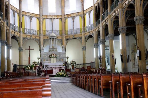 Altar Iglesia San Pedro y San Paulo