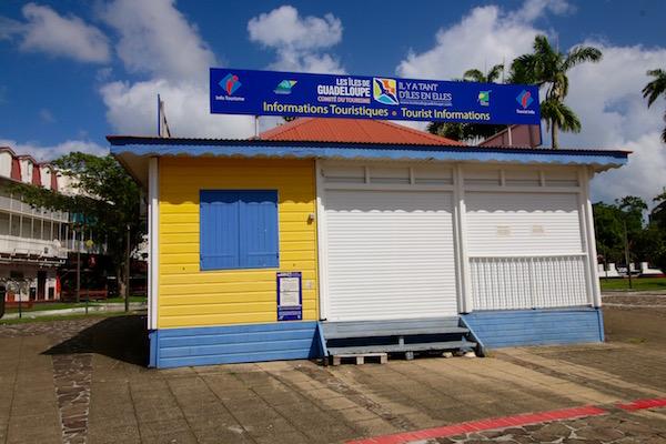 Oficina Turismo Plaza Victoria