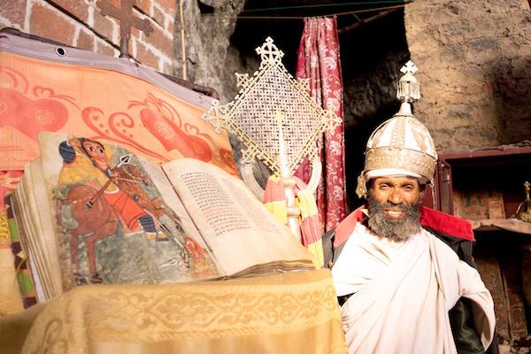 Sacerdote etiope