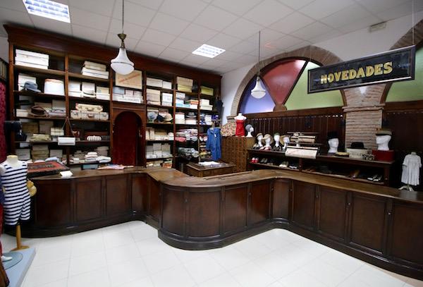 Mostrador tienda Modernista