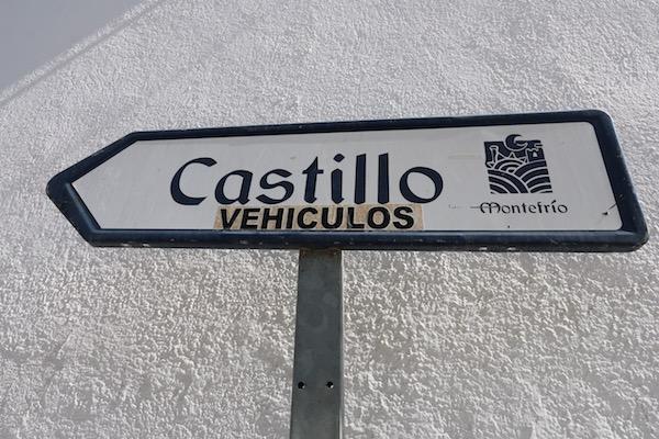 Señal Castillo en vehículos.