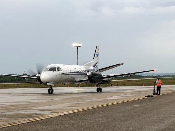 Avión compañía aérea Tag.